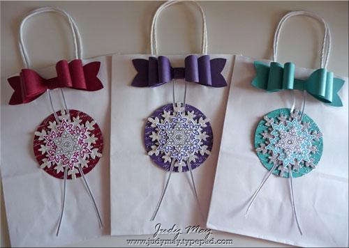 Christmas_Gift_Bags_2013