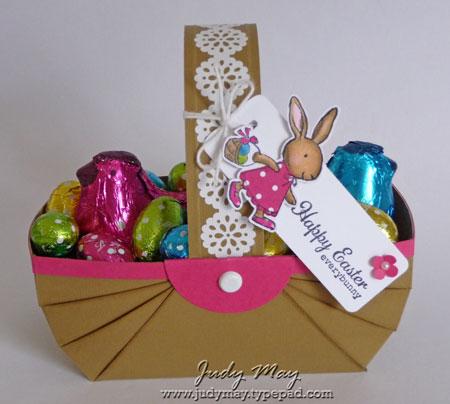 Easter_Hen_Basket