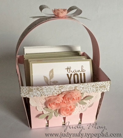 Berry_Basket_with_Cards