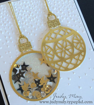 AWH_Ornaments_Gold_Closeup